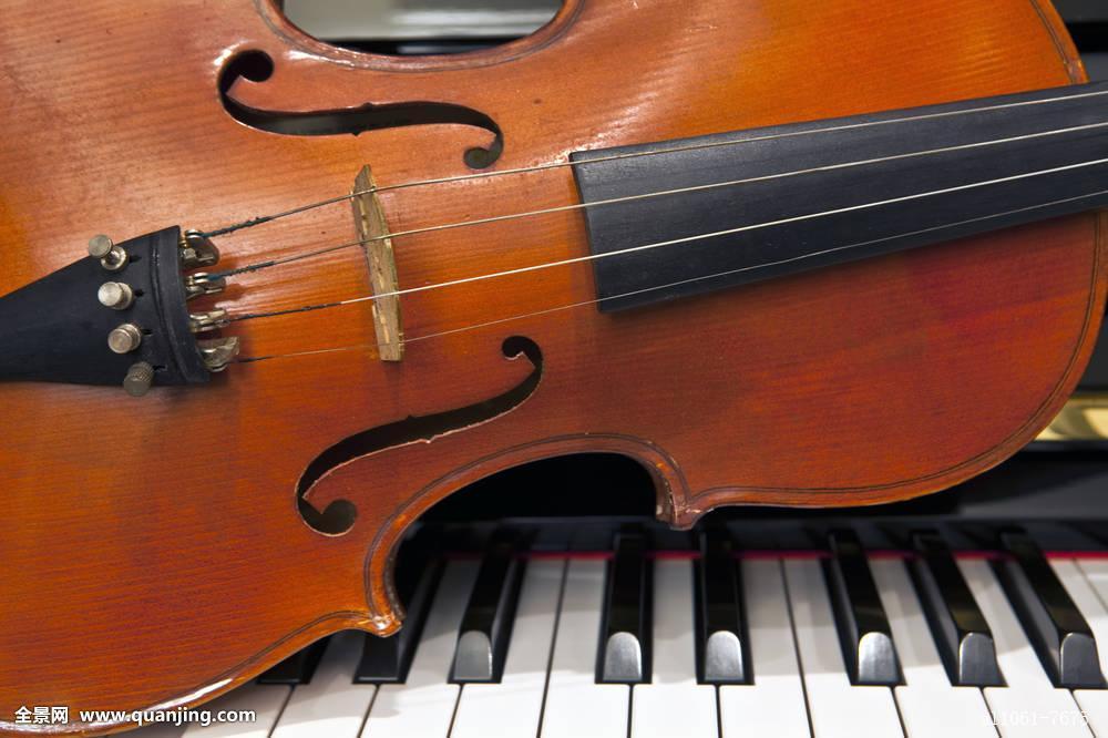小提琴,钢琴,按键图片