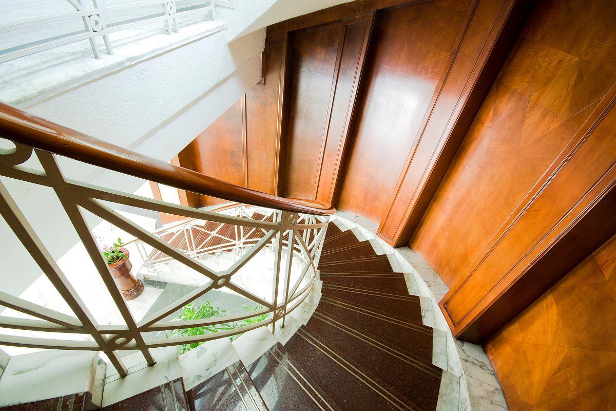 大理石做楼梯踏步好吗