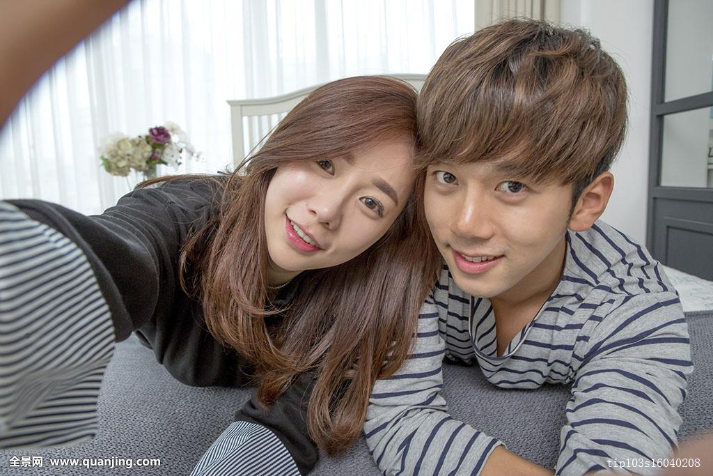 正面,中年,愉悦,年轻人,休闲服,情侣,头像,韩国人,一起,高兴,发型图片