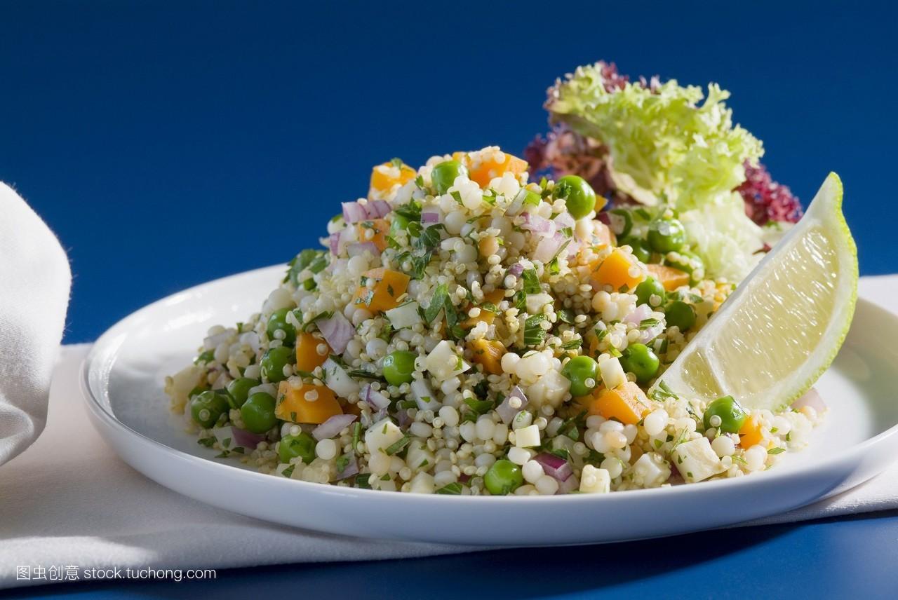 谷类食品,蔬菜色拉,谷物,就绪,玉米,妥当,大量,盘子,素菜,蔬菜沙拉图片