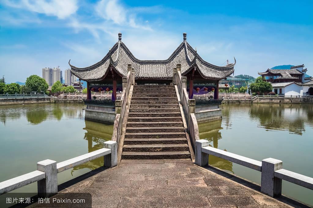 反射,天空,景观,瓦片,北京,水平的,建筑学,安宁,房子,树,在户外,砖图片