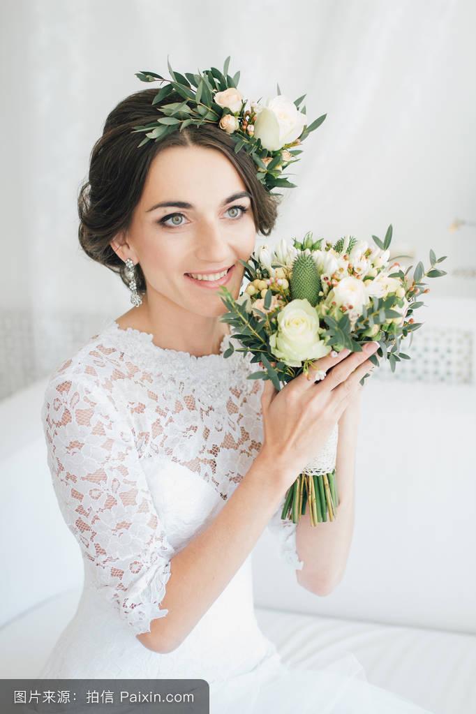 新娘发型花环图片集分享展示图片