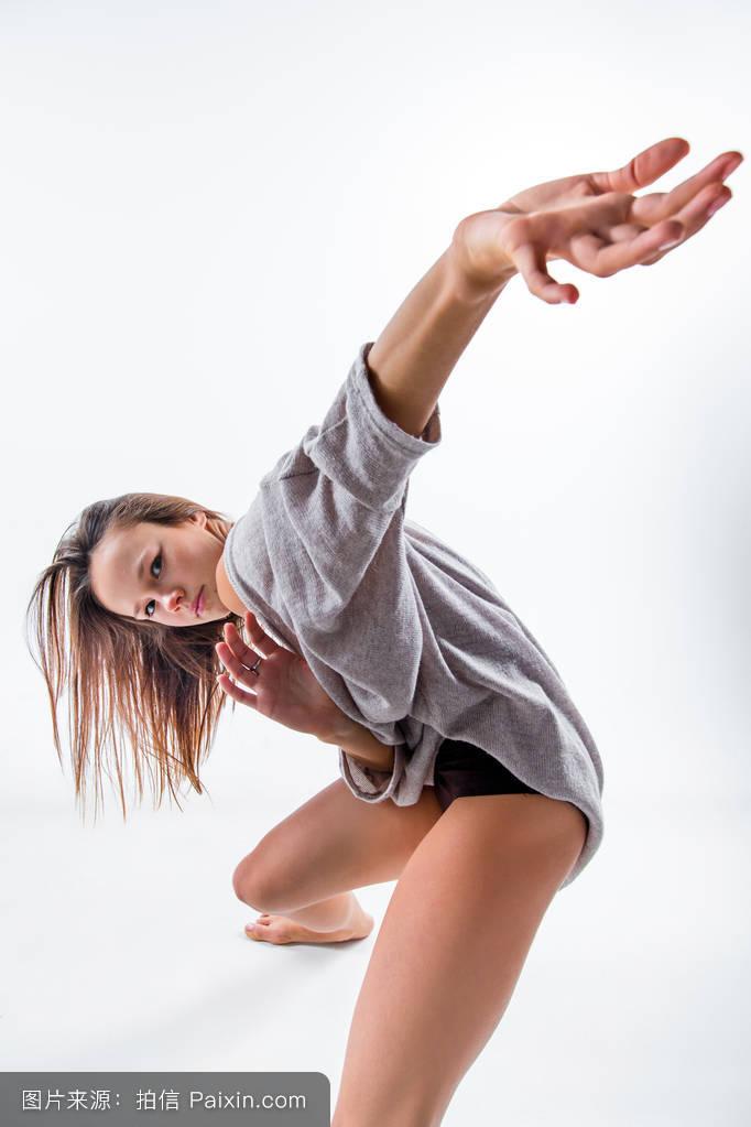 操淫��f_传统的,美丽的,健身,米色,姿势,生活方式,积极的,女人,淫荡,轮廓,体操