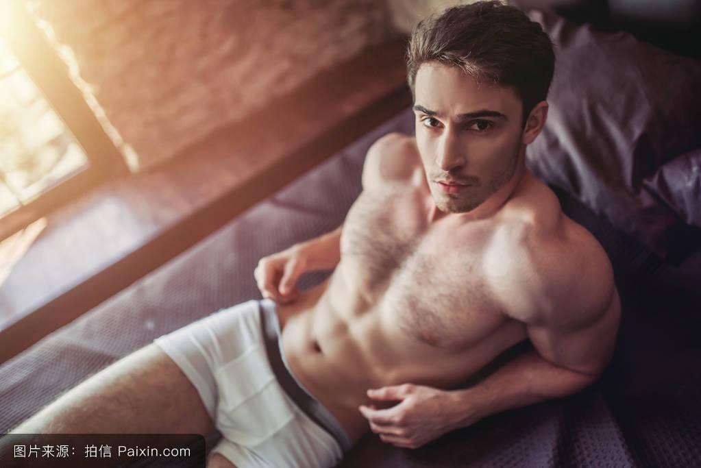 日本人体裸体阴�_男性的,单独地,有吸引力的,说谎,面对,胸部,酒店,生活方式,人体躯干