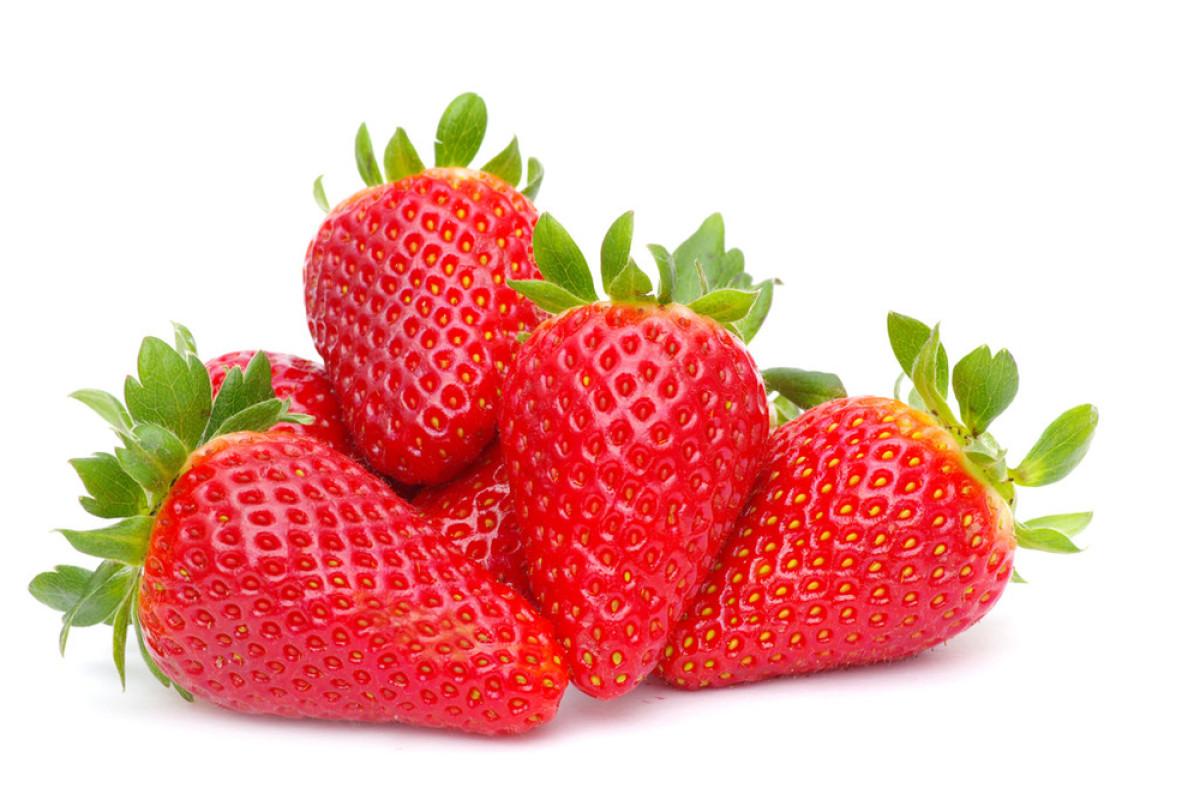 草莓白图片