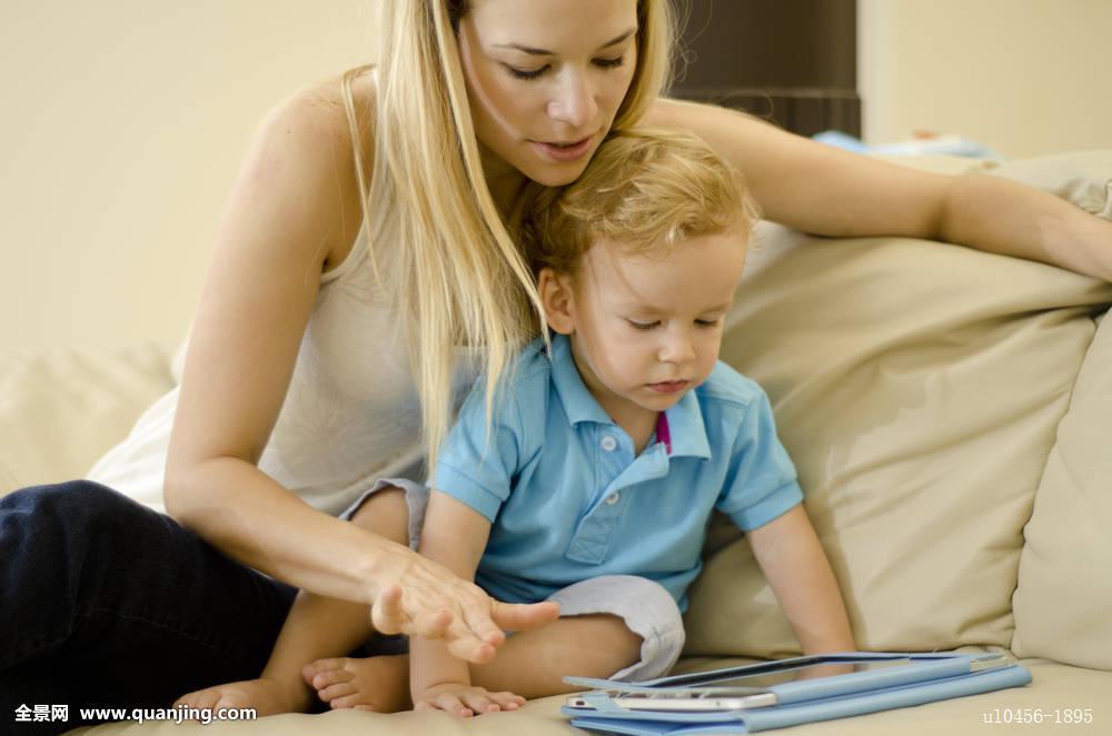 年轻,母亲,儿子图片