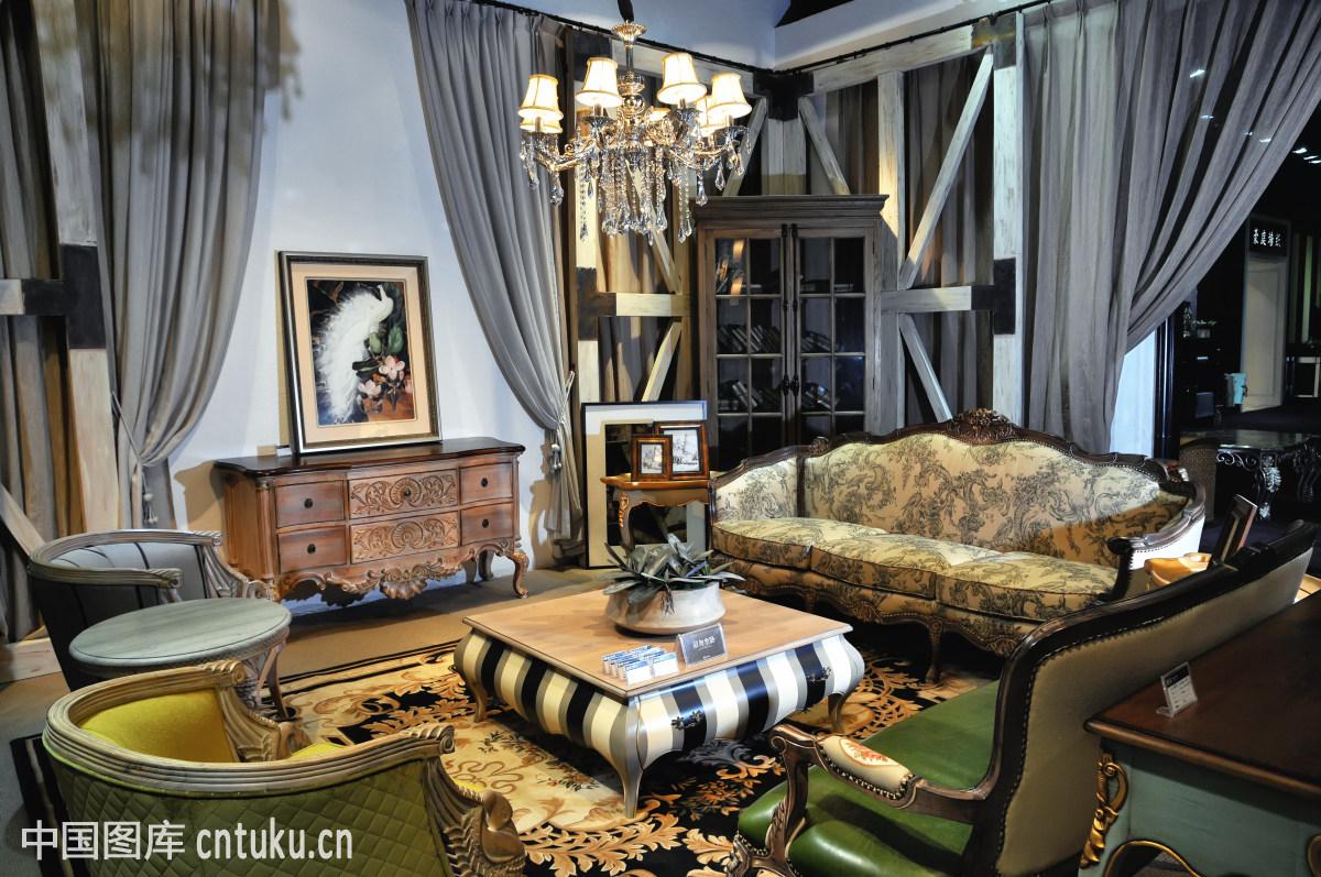 欧式装仹f�{��K����_现代欧式家具