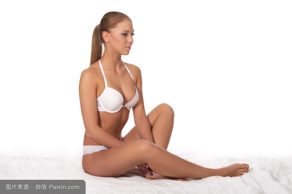 欧美人体成人视频_人体少女成人艺术