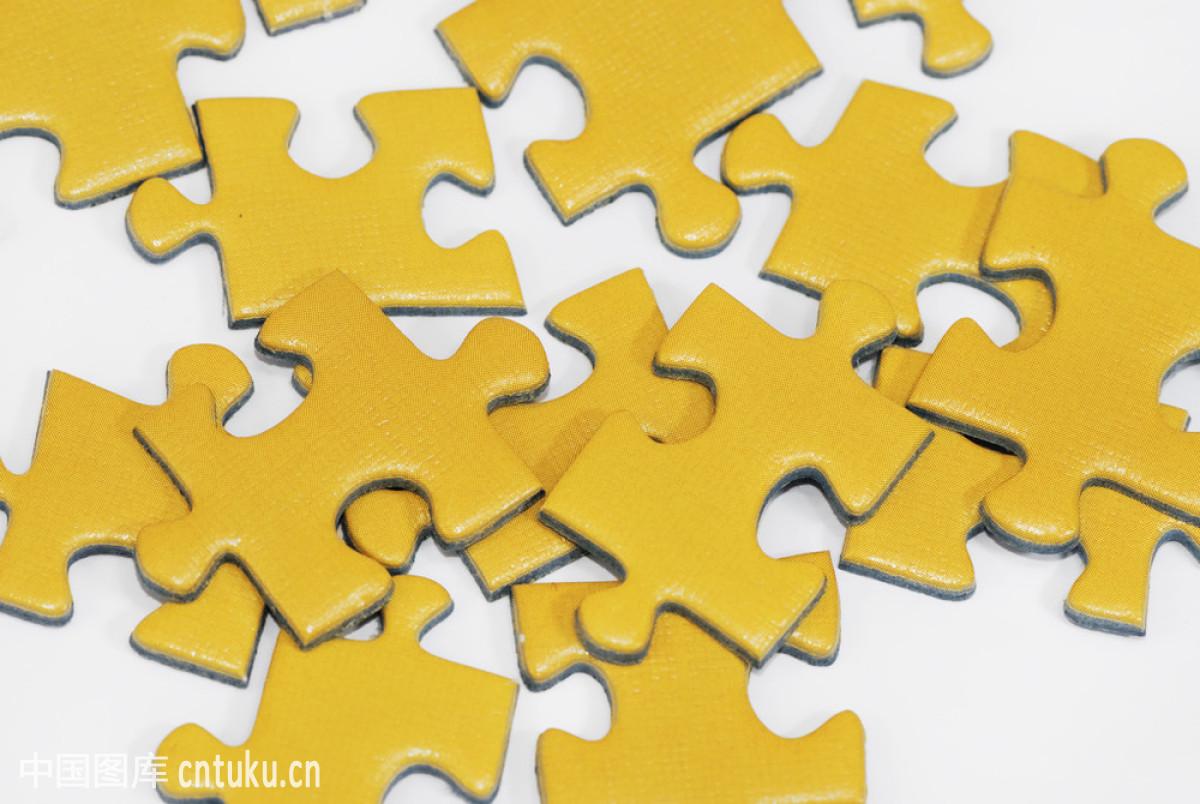 黄色的拼图图片