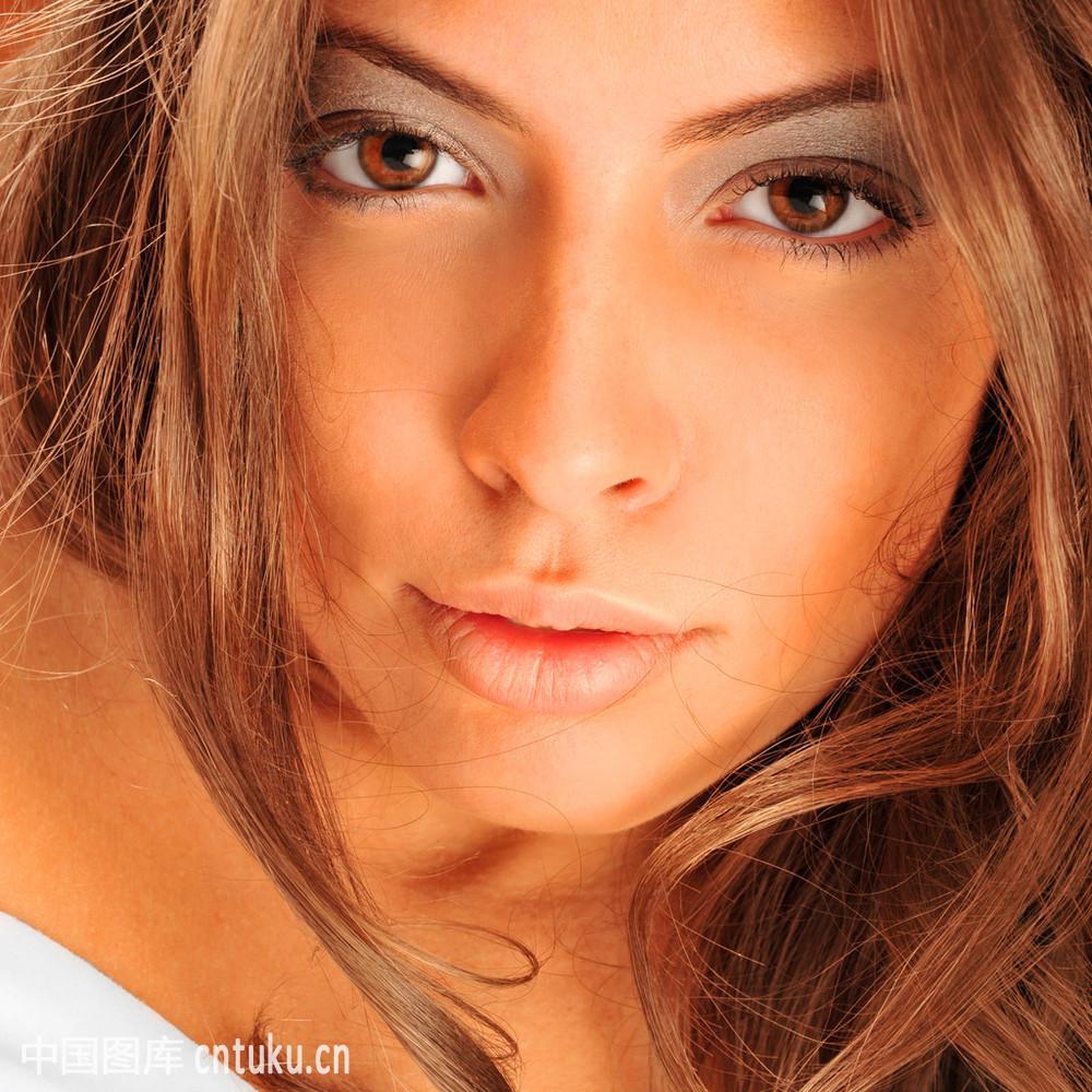 公媳高潮_白色,床,高潮,高雅,室内,华丽的,拉美人和西班牙裔人,苗条,模型,魔力