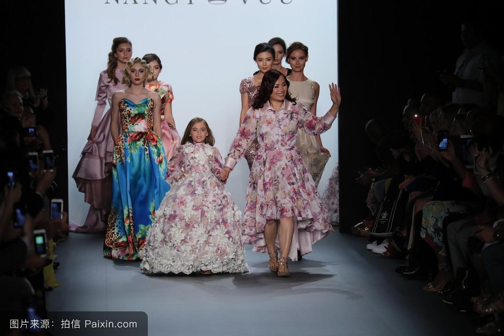 周,小孩,约克,儿童,长袍,人,流行的,时尚,魅力,年轻的,连衣裙,服装,二图片