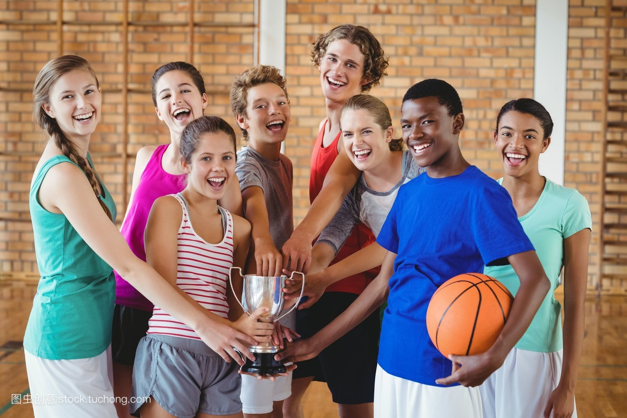 高中�yo�z+���_女人,白种人,10几岁,男孩,女孩,儿童,高中,篮球,球体,球,网,篮球框