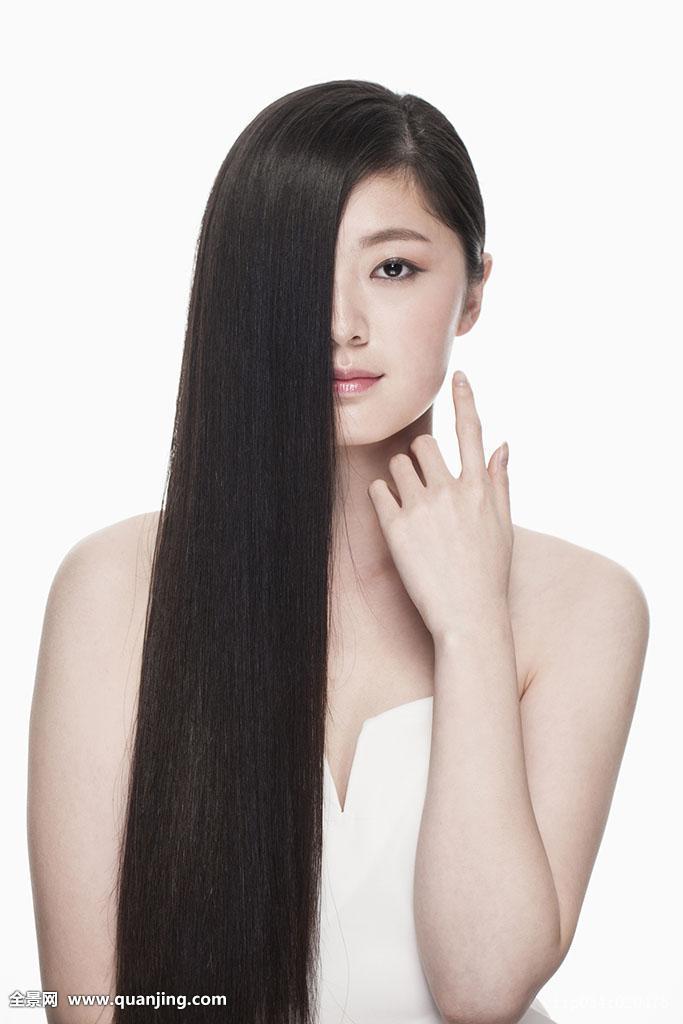 斜刘海长直发发型图片2017女图片