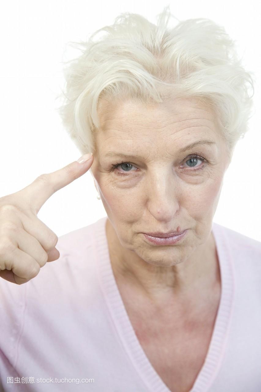 适合白发的短发发型分享展示图片