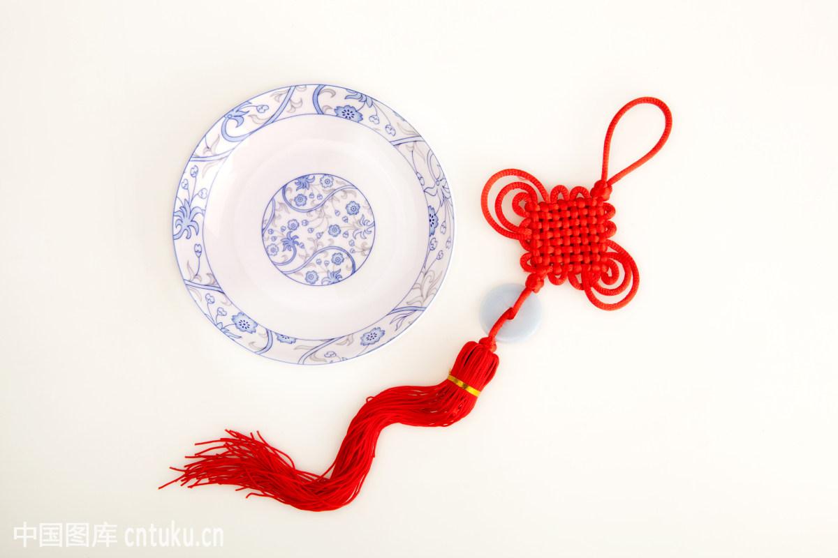 中国�9an:/n�g>K�_盘子和中国结
