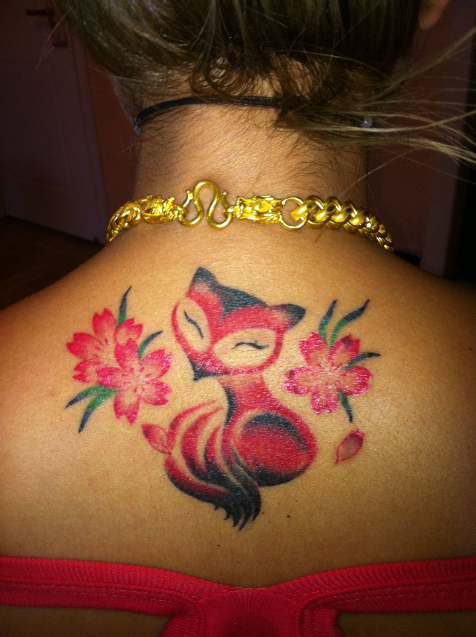 纹身展上做的小狐狸 王可做的图片