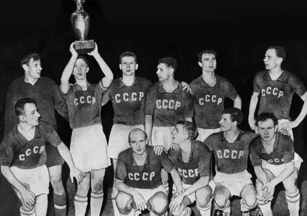 2018世界杯年,我们来聊一聊俄罗斯足球吧