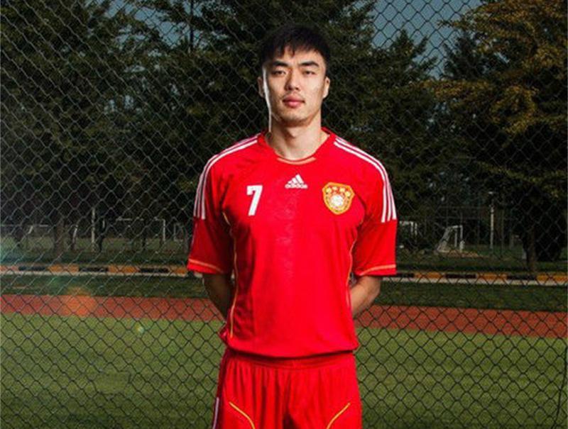 2011年12月26日,趙旭日正式加盟廣州恒大.圖片