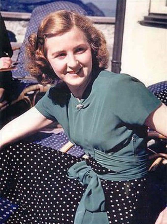 爱娃·布劳恩_当希特勒遇上爱娃·布劳恩, 爱情总是令人感动的