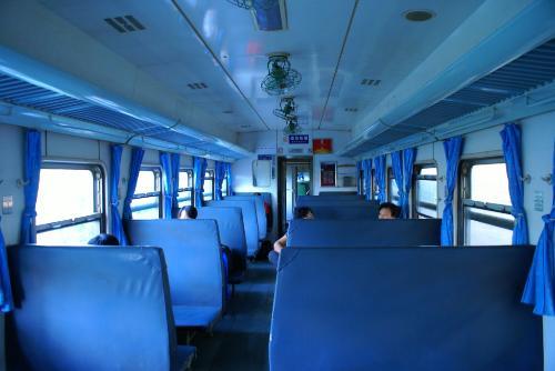 普快座位分布图_火车卧铺座位分布图 _排行榜大全