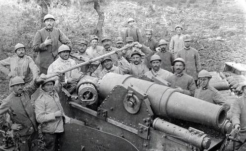 我们这边的意大利人_二战中的奇葩军队!意大利人排第二,没哪个国家敢排第一_百科TA说