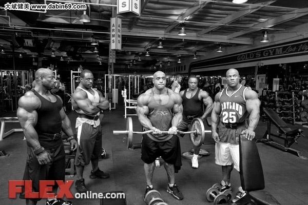 健身高清囹�a_![cdata[奥赛肌肉男们的训练猛图片