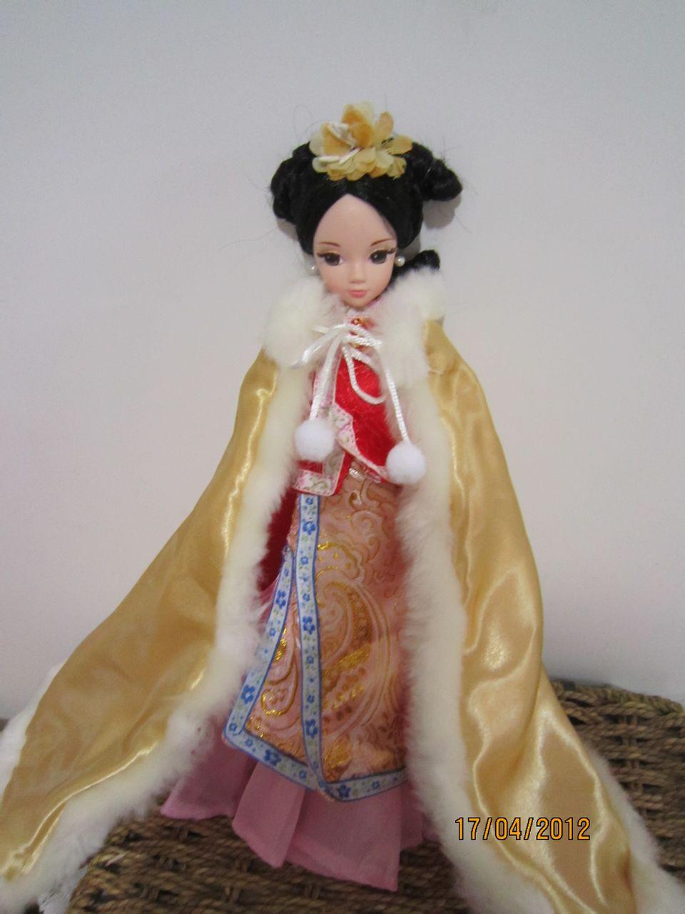 可儿娃娃头饰教程_可儿娃娃古装盘发教程分享_可儿娃娃古装盘发教程图片分享