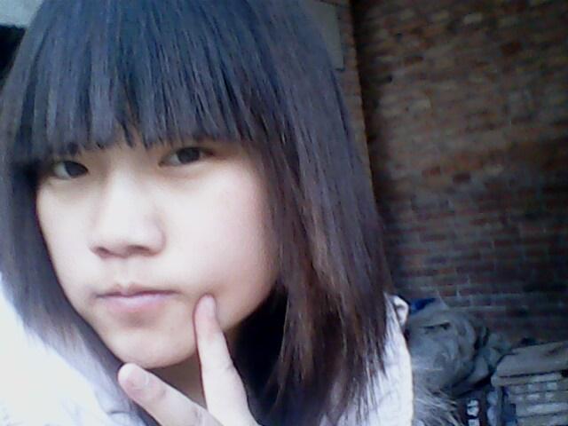 女生素颜自拍照_10岁女生木耳_10岁女生穿少女文胸_10岁女生的浴照_鹊桥吧