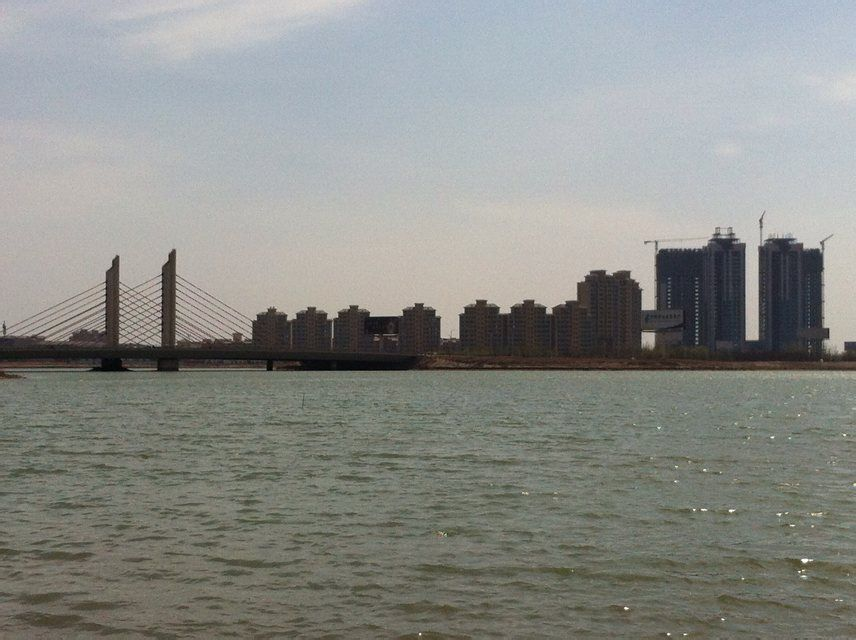 http://s13.sinaimg.cn/mw690/005LuAv9gy6Yxj7IUag4c&690_Shizuishan-China-SkyscraperCity