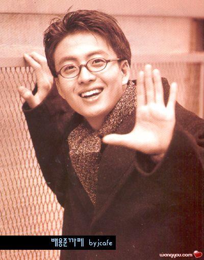 2012年裴勇俊照片_裴勇俊年轻时照片图片