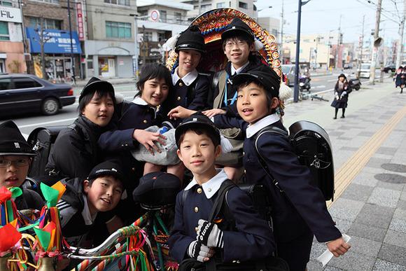 日本小学生_【图】中日小学生校服_日本吧_百度贴吧