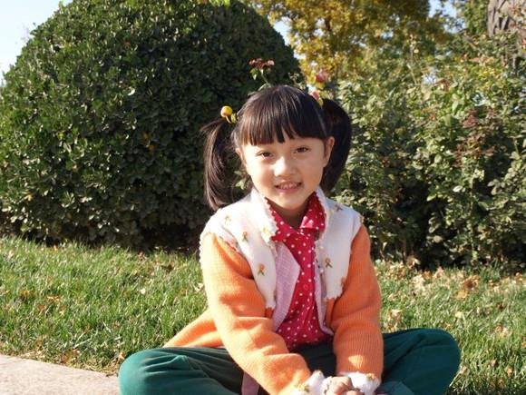 六哲小时候的照片_【图片】有人认识2017届初一的杨心仪吗?就是演胧月公主的那个 ...