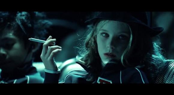 嗜血破晓1百度影音_那个抽烟的小女孩是谁【嗜血破晓吧】_百度贴吧