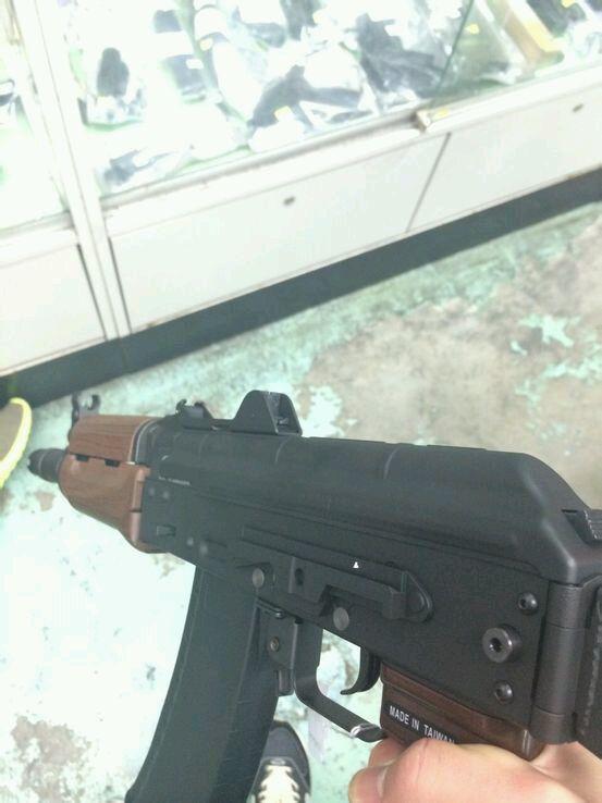 dhc香港专卖店_【杂谈】20140525香港旺角枪店一日游图片