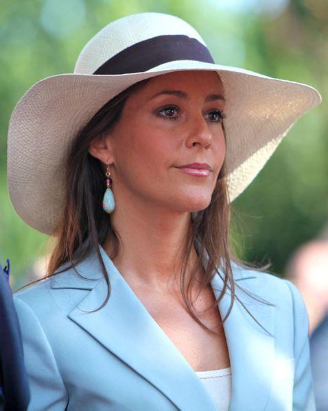 玛丽王妃_丹麦玛丽王妃的王冠和珠宝