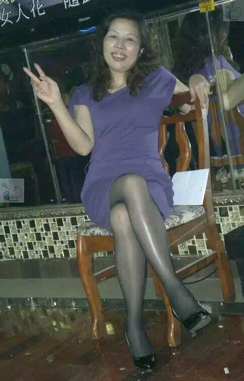 50岁性感丝袜_40阿姨丝袜_老阿姨丝袜_阿姨丝袜自拍-圈子花园图片