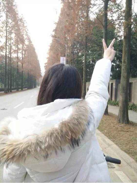 爱普生投影仪囹`��ヒ�_寰楀埄涓栫晫鏉 姇娉
