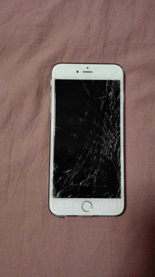 6p艳照门_6p(16g,银色)屏摔烂了,售后说交2488换新机