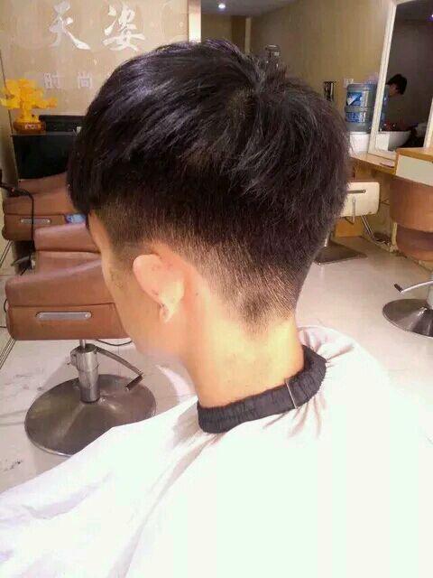 两边掏空的男士发型_两边和后面剃掉的发型_两边和后面剃掉的发型高清图片