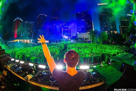 【图片】【UMF电音节】嗨爆!百大DJ盛会2013UMF迈阿密电音节官方微电影_电音吧_百度贴吧