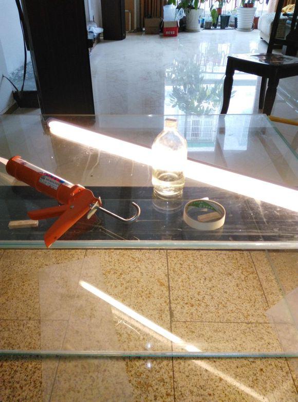打玻璃胶的技巧图片_【图片】自己动手粘鱼缸的过程_鱼缸吧_百度贴吧