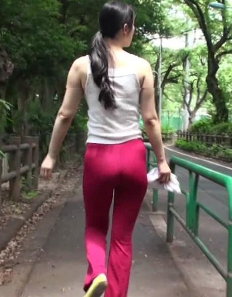 肏屄的熟女视频_bt图人以狗操逼视频熟女边.