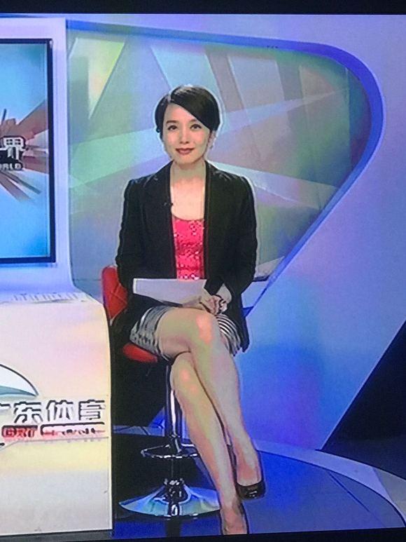 【圖片】今晚,鄭怡,短裙【廣東體育吧】_百度貼吧圖片