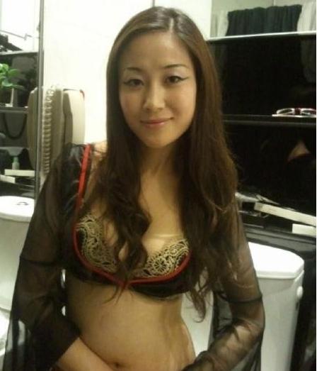 熟女少妇成人电影_嫩b 很火的日本恶心视频约炮大奶胸少妇熟女色网欧美激情影音先锋