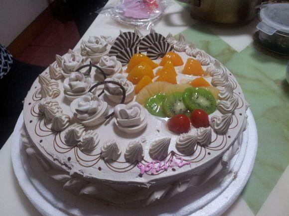 十八岁生日蛋糕_20岁生日蛋糕