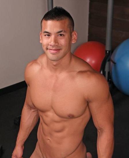 男人的几巴相片_有没有哪位吧友知道这位肌肉男图片