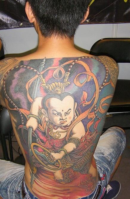 哪吒闹海纹身图案_哪吒挑龙筋纹身含义_哪吒挑龙筋纹身含义分享展示