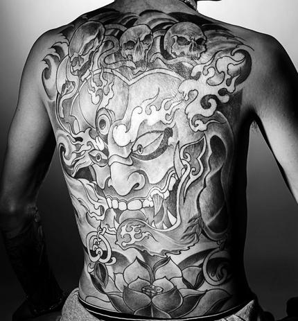 纹身黑财神_6臂大黑天纹身_6臂大黑天纹身分享展示