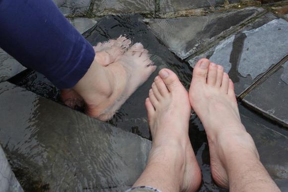 泰空一舒服_水很热,泡完跟媳妇一直认为,太舒服了,一身疲惫一扫而空,大冷天,泡完