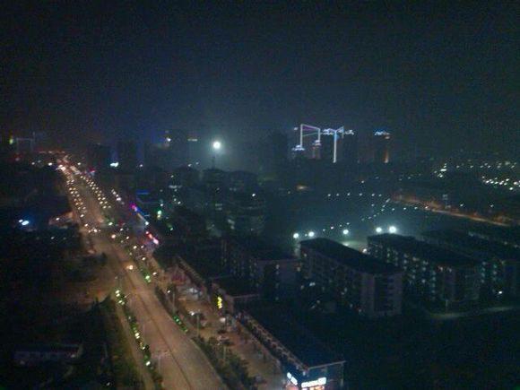 黑夜传�:jk9n����_湖南软件学院 有图,挫进来吧